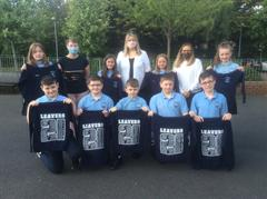 Primary 7 Children Receive their Leavers