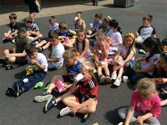 Primary 3 Celebrate Feel Good Thursday with an Impromptu Picnic